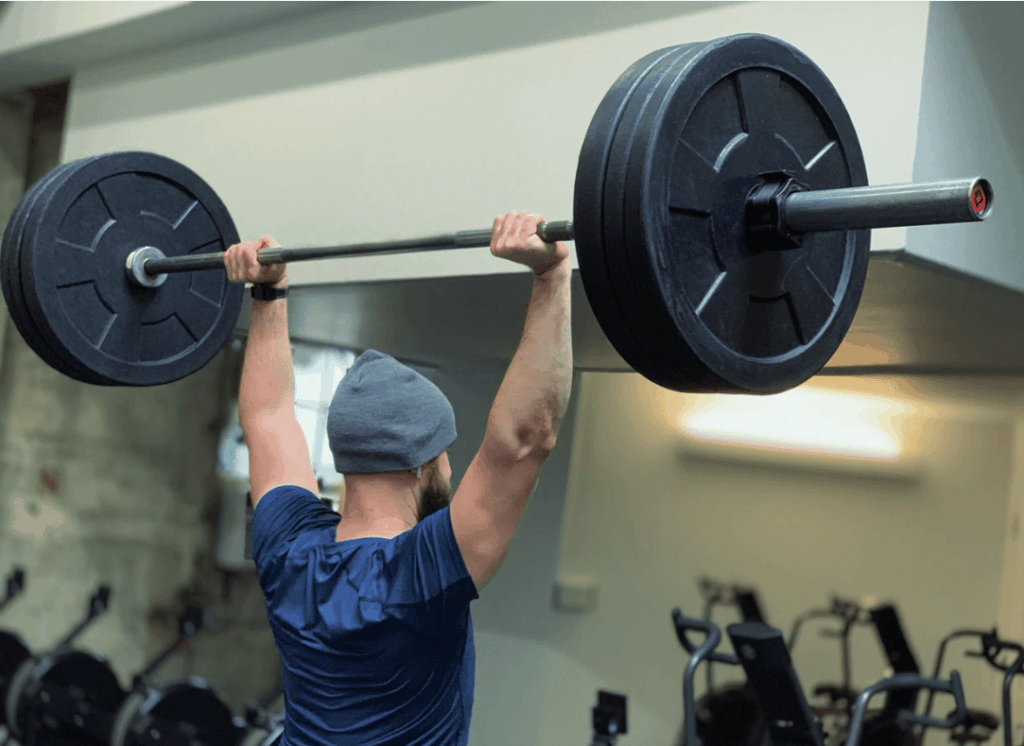 Kreunen tijdens gewichtheffen